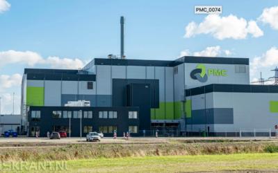 Koning verricht opening fabriek Purified Metal Company in Farmsum
