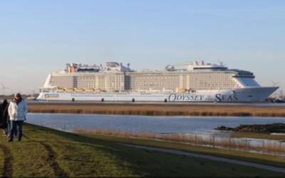 Cruiseschip Odyssey of the Seas bereikt Eemshaven